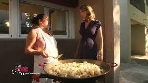 recettes de julie andrieu cuisine recette paëlla gitane arlésienne les carnets de julie