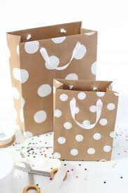 how to make professional looking gift bags u2013 a beautiful mess
