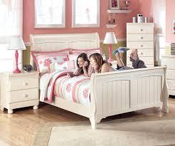 cottage retreat sleigh bed bedroom furniture beds