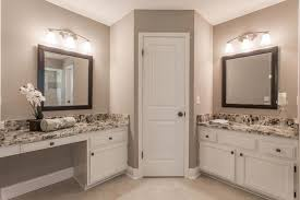 Bathroom Cabinets Jacksonville Fl by Traditional Master Bathroom With Specialty Door U0026 Travertine Tile