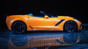chevrolet supercar 2019 corvette zr1 convertible first look chevy melts some faces