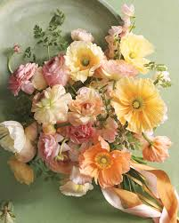 common wedding flowers 8 bouquets inspired by the most popular wedding flowers martha