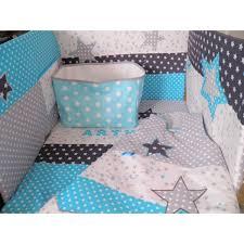 chambre bebe turquoise tour de lit gigoteuse couverture corbeille réalisés selon vos