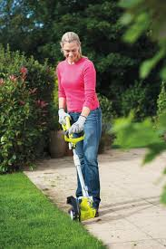 ryobi rlt6030 600w 30cm grass trimmer with easyedge