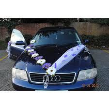 deco mariage voiture decoration de voiture de mariage avec marguerites couleur prune