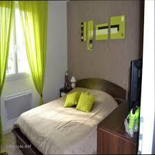 chambre marron idée déco salon gris et vert génial chambre marron et vert controleam