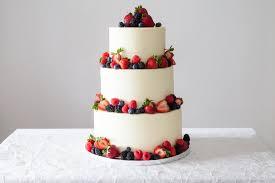 4 easy ways to diy a wedding cake brit co