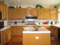 Kitchen Backsplash Lowes by Decorating Kitchen Backsplash Lowes Gray Countertops Lowes