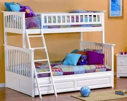 Bunk Bed For Cheap Awesome Best 25 Bunk Bed Desk Ideas On Pinterest Bunk Bed With