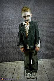 5 Costumes Halloween 25 Kids Zombie Costumes Ideas Zombie Costumes