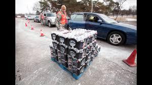 how to donate water volunteer to help flint residents