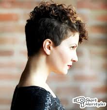 short hairstyles for naturally curly hair women medium haircut