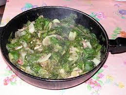 cuisiner les cotes de bettes recette de cote de bette aux lardons