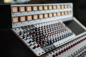 Diy Mixing Desk by 5088 High Voltage And Discrete Rupert Neve Console