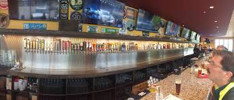 New Bar Opened Up In My Neighborhood 175 Beers On Tap Imgur On Tap Bar