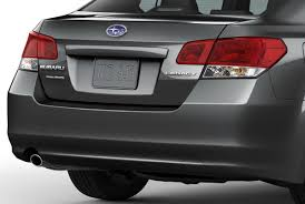 2010 subaru legacy official details and 32 high res photos