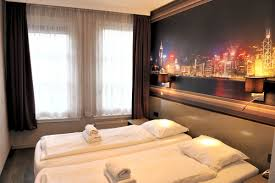 Twin Bed Hotel by Twin Room Low Budget Hotel Amsterdam Center Tourist Inn