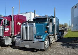 t600 kenworth custom friday april 1 mats parking part 2