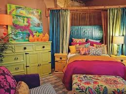 Purple And Orange Bedroom Decorating With A Triadic Color Scheme In The Bedroom