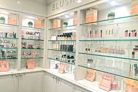 makeup salon nyc blushington makeup lounge opens at le meridien