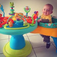 table d activité avec siege rotatif table d activité siège qui tourne avril 2014 babycenter
