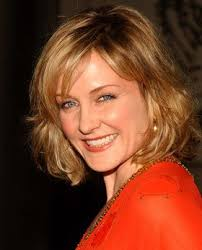 amy carlson hairstyle amy carlson charity work causes look to the stars
