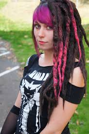 installing extension dreads in short hair buyer s guide to synthetic dreads imp and petal