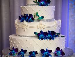 blue flowers for wedding wedding cake with blue flowers lake pictures
