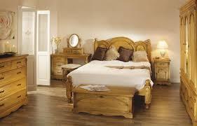 chambre en pin homeofficedécoration pin meubles de chambre à coucher idées de