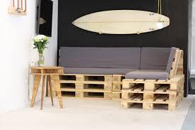 canapé en bois de palette gracieux canape palette meubles awesome salon de jardin en palette