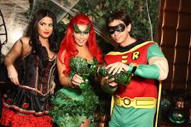 Kardashian Family Halloween Costumes Kim Kardashian Hosts Midori Green Halloween Costume Party At Lavo