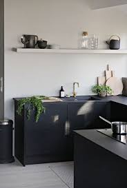 Ikea Kitchen Countertops by Best 25 Black Kitchen Countertops Ideas On Pinterest Dark