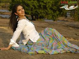 actress sridevi latest stills azhaki dream girls