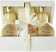 wedding gift set what s a wedding gift for an indian quora