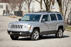 the jeep patriot 2012 jeep patriot overview cars com