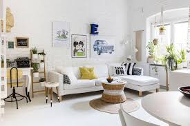white livingroom furniture how to decorate a small living room