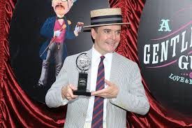 gentleman 39 s jefferson mays photos photos a gentleman s guide to love and