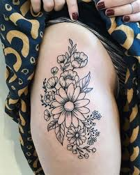 25 thigh tattoo ideas for women that really add to your