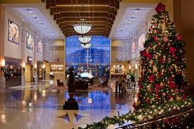 Holiday Home Decorating Services Commercial Holiday Decorating And Christmas Light Service