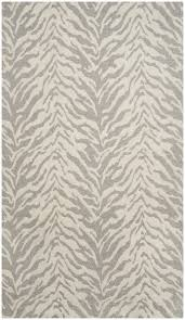 Safavieh Rug by 38 Best Area Rugs Images On Pinterest Area Rugs Pottery Barn