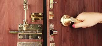 comment ouvrir une serrure de porte de chambre serrure de porte tous les types de serrure de porte ooreka