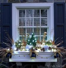 Kitchen Window Christmas Decorations by 183 Best Windowboxes Images On Pinterest Christmas Window Boxes