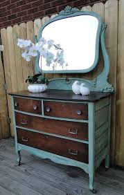 Painted Bedroom Furniture Ideas by Best 20 Refinished Nightstand Ideas On Pinterest Refurbished