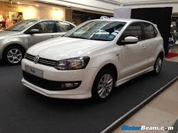 polo volkswagen 2014 volkswagen makes front airbags standard on all polo variants