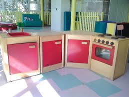 jeux de cuisine pour les enfants fabriquer cuisine bois enfant maison design bahbe com