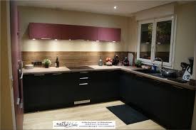 cuisine noir mat et bois stunning cuisine noir mat et galerie et charmant cuisine noir mat