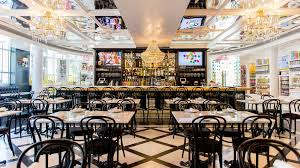 best restaurants on ocean drive south beach miami