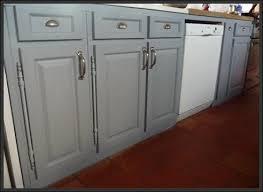 cuisine peinte en gris cuisine peinte en gris cuisine mur demi peint en gris with