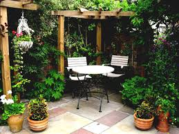 backyards gorgeous small backyard courtyard designs 118 best pictures of small courtyard gardens tiny garden ideas small