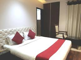 hotel aura grand residency new delhi india booking com